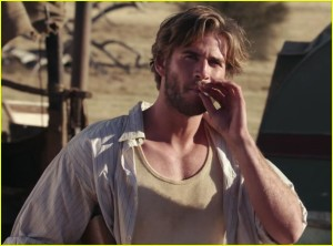 liam-hemsworth-shirtless-dressmaker-trailer-14